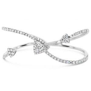 Trilliant cut diamond two finger ring