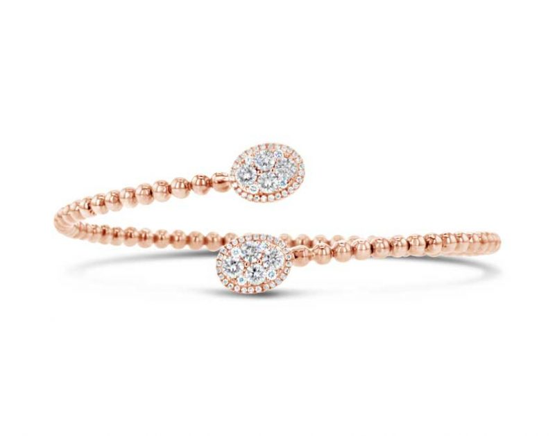 Cluster bracelet with oval design